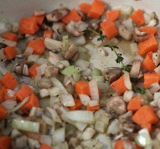 Paparasta grybų sriuba