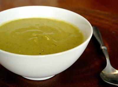 Cukinijų ir česnakų sriuba