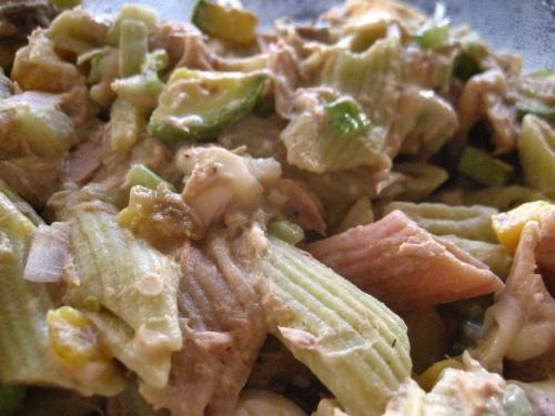 Makaronų mišrainė su tunu