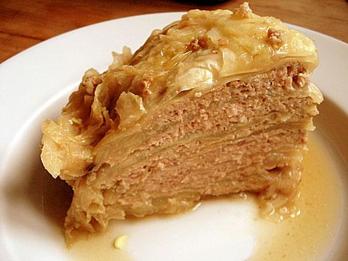 Kopūsto ir mėsos pyragas