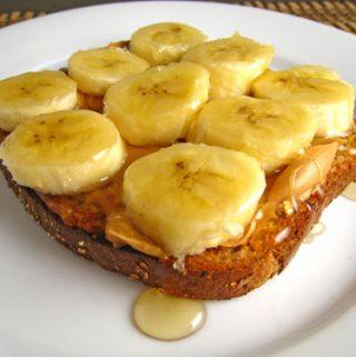 Sumuštinis su medumi ir bananais