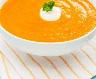Imbierinė morkų sriuba