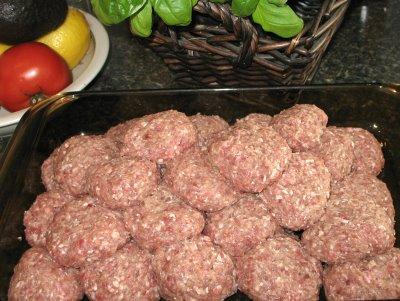 Mėsos kukuliai su bulvėmis