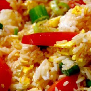 Ryžiai su kiaušiniais ir daržovėmis