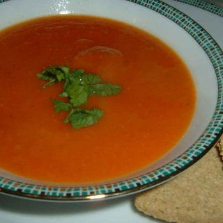 Paprasta pomidorų sriuba