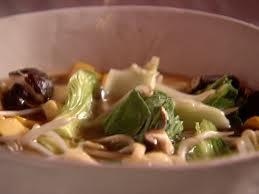 Azijietiška vištienos sriuba