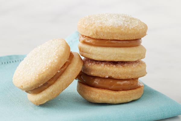 Sausainiai pertepti karamele