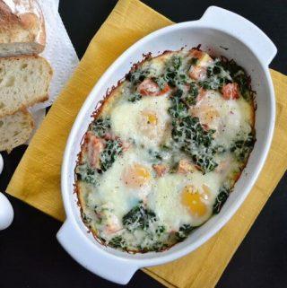 Kiaušinių, pomidorų ir špinatų apkepas